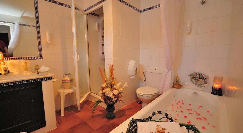 hoteles con encanto en cádiz  114