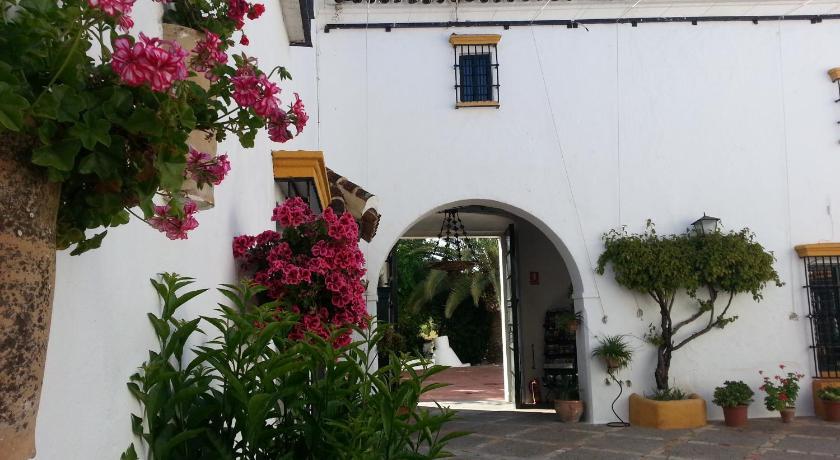 hoteles con encanto en cádiz  75