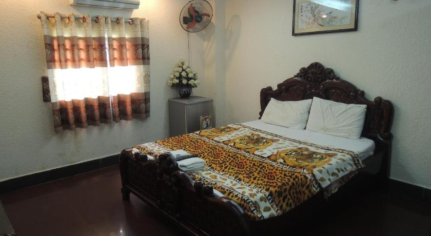 Standard Double Room - Bed Thanh Phuong Hotel