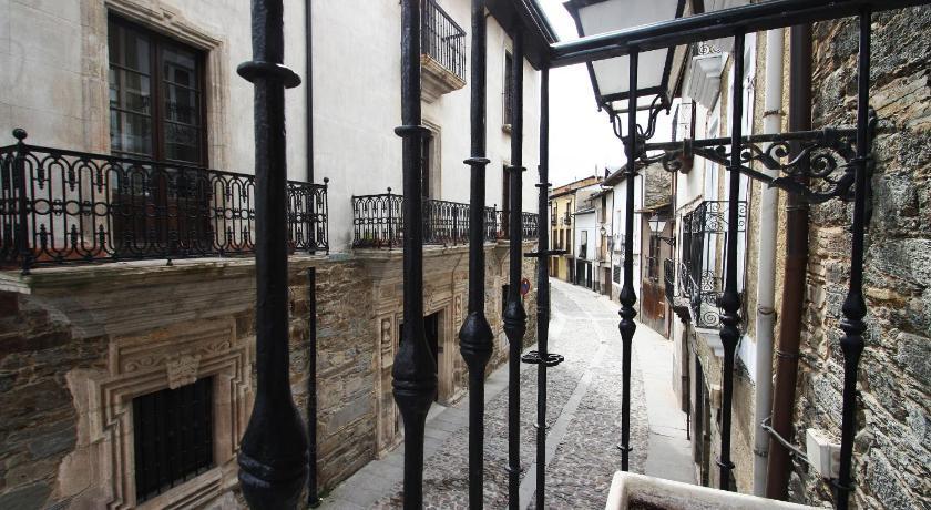 hoteles con encanto en villafranca del bierzo  2
