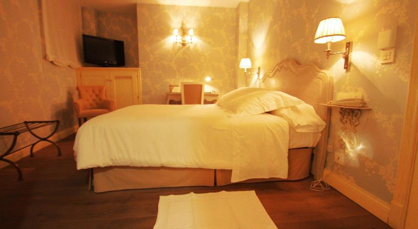 hoteles con encanto en villafranca del bierzo  6