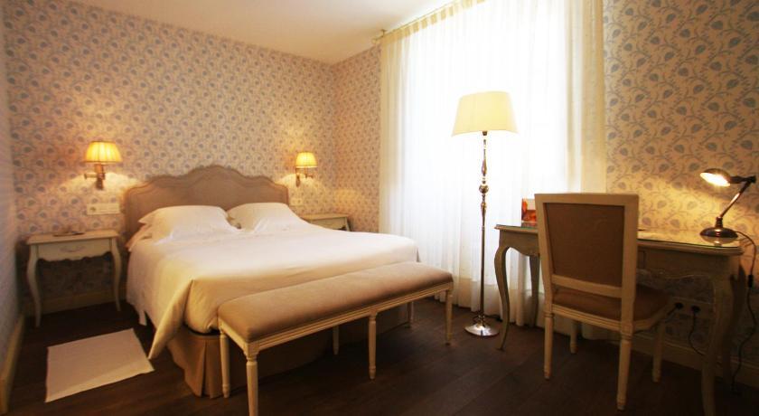 hoteles con encanto en villafranca del bierzo  15