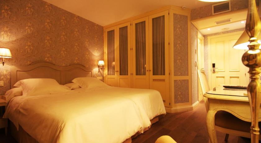 hoteles con encanto en villafranca del bierzo  8