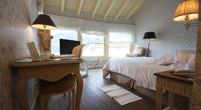 hoteles con encanto en villafranca del bierzo  12