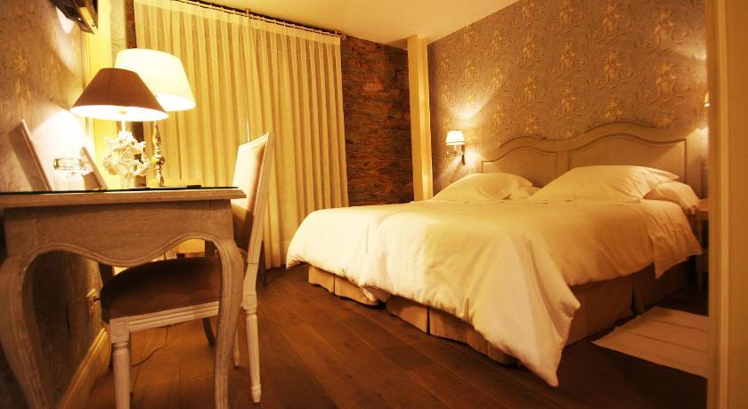 hoteles con encanto en villafranca del bierzo  4
