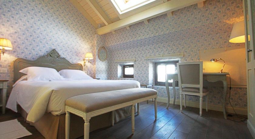hoteles con encanto en villafranca del bierzo  3