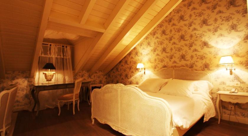 hoteles con encanto en villafranca del bierzo  7