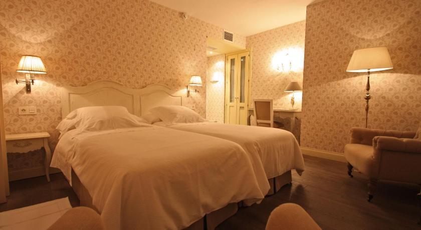 hoteles con encanto en villafranca del bierzo  16