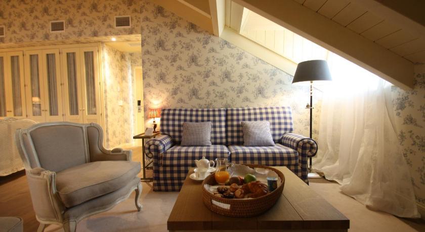 hoteles con encanto en villafranca del bierzo  23