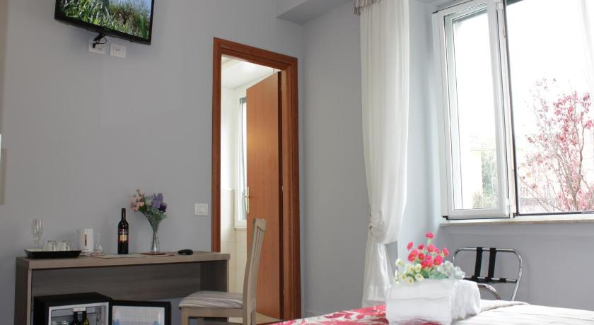 Double Room with Bathroom Relais RSA Asti