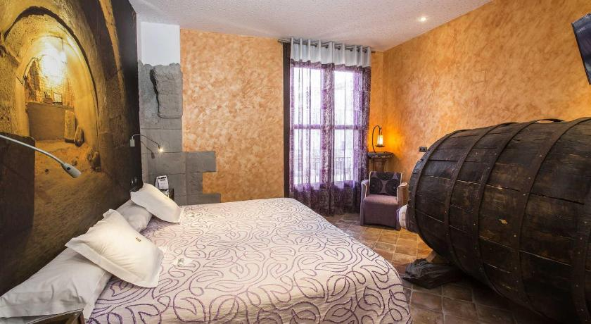 boutique hotels in burgos  52