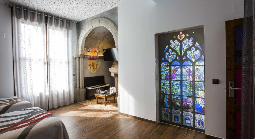 boutique hotels in burgos  57