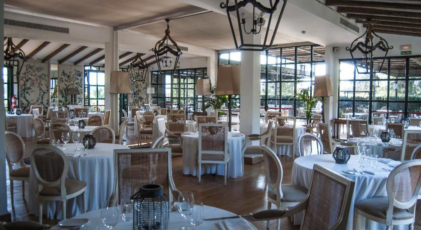 hoteles con encanto en palamós  60