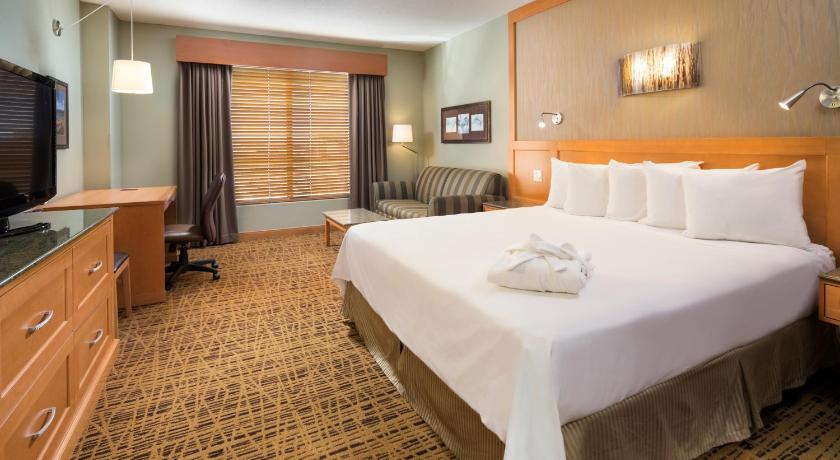 Guestroom Radisson Hotel Bloomington by the Mall of America