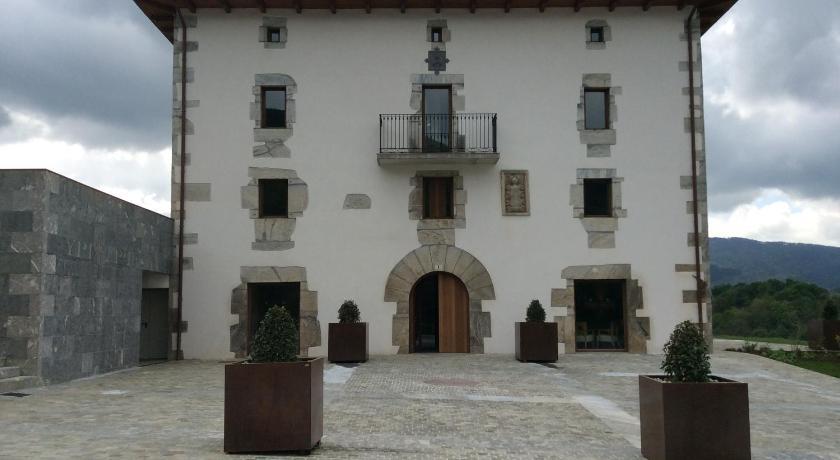 Palacio de Yrisarri 8