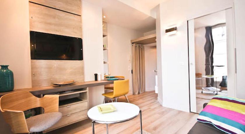 Apartment Notre Dame 3 rue saint séverin Paris