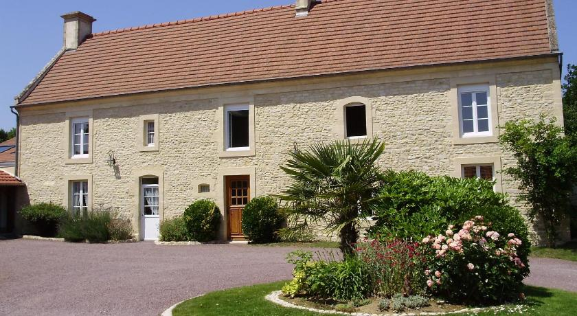 Le Clos D'Esquay Bed and breakfasts