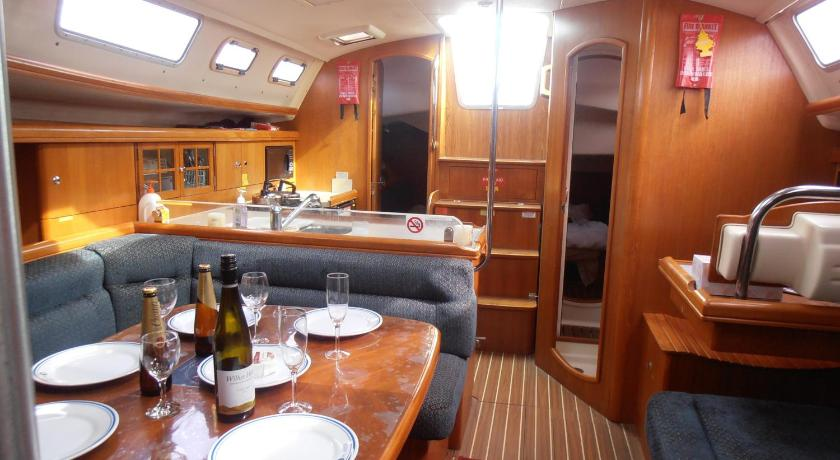 Two-Bedroom Yacht Carpe Diem