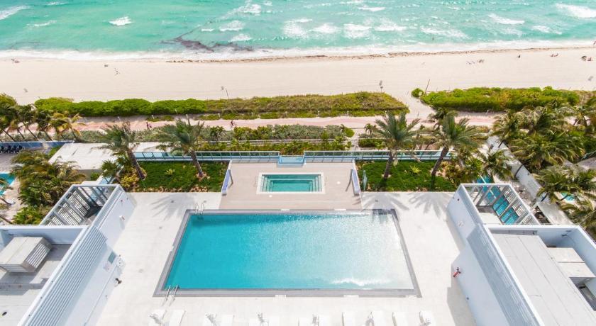 Monte Carlo By Miami Ambadors 6551 Collins Avenue Beach