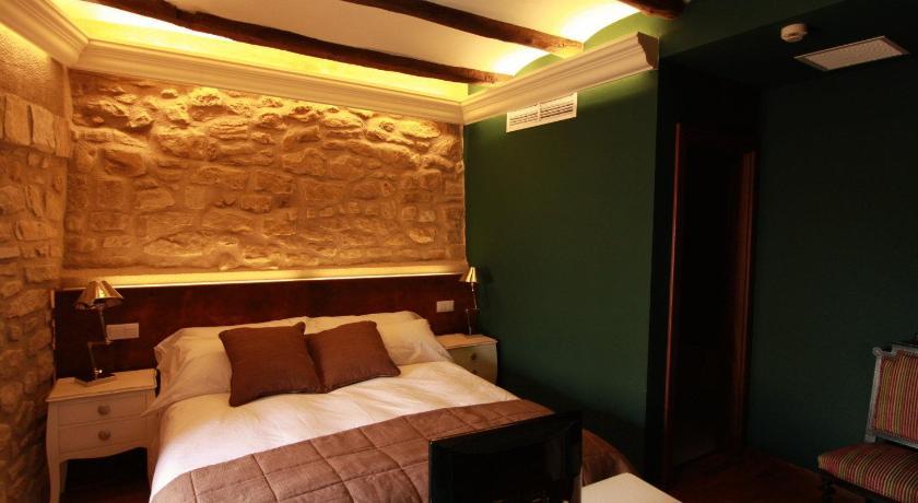 hoteles con encanto en teruel  330