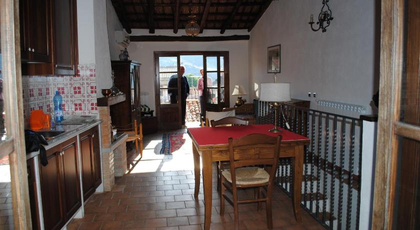 Restaurant Casa Vacanza Casinello 1