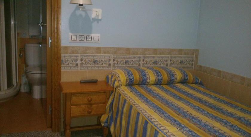 Single Room Hostal Don Quijote