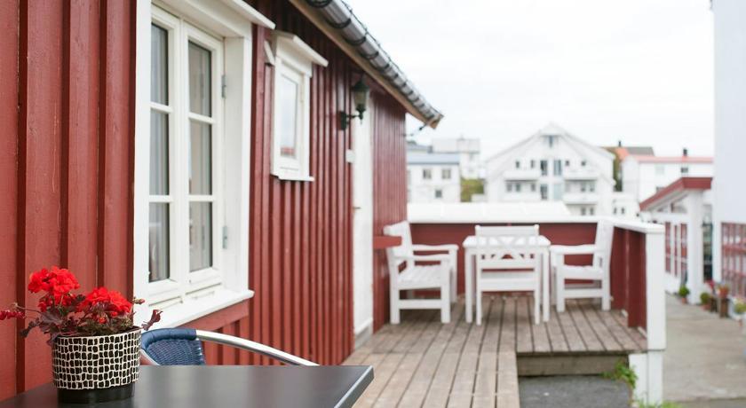 Fiskekrogen Rorbuer Dreyersgate 29 Henningsvær