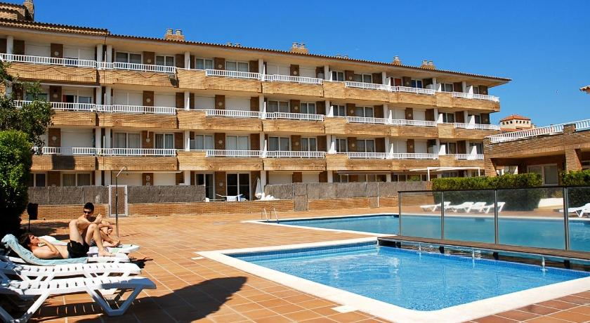 More about Apartamentos del Sol