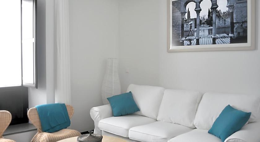 Apartamentos Patio de Viana Morales, 9 - 11 Cordova