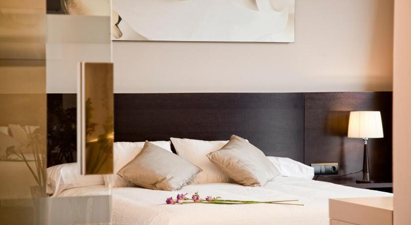 hoteles con encanto en sansoáin  14