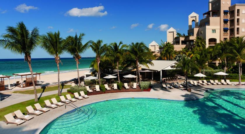 Mere om The Ritz-Carlton, Grand Cayman