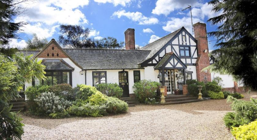 More About The Stanwick Hotel