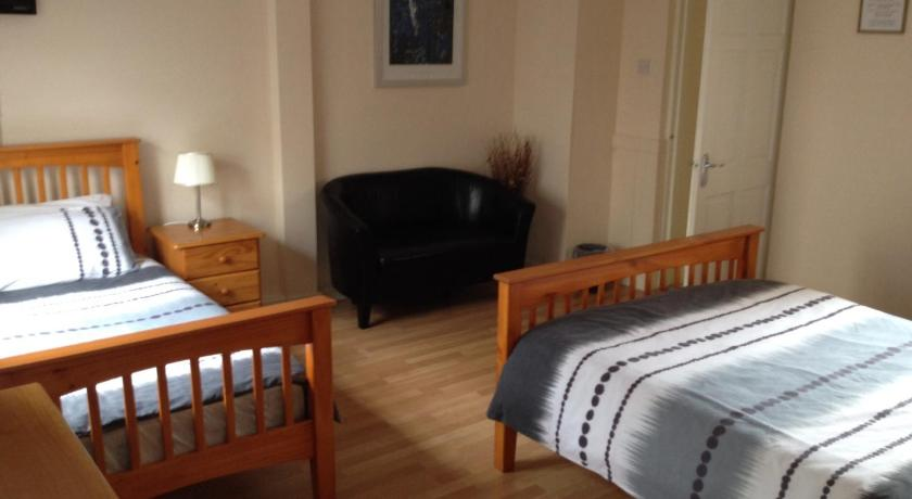 Amore Bed & Breakfast 13 Columbcille Court, Abbey Street Derry