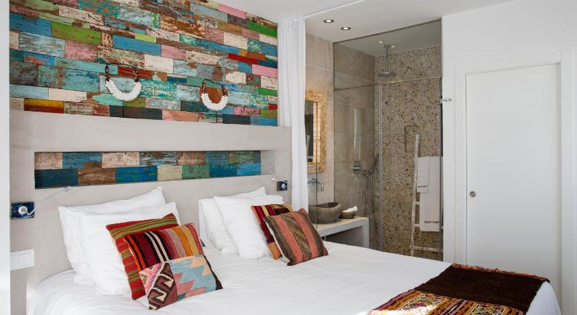 boutique hotels in santa eularia des riu  49