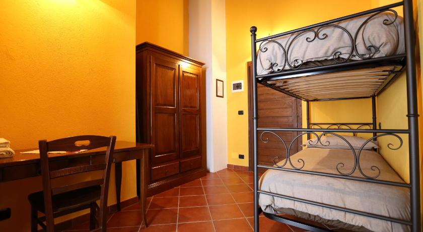 Twin Room with Balcony and  Mountain View Agriturismo A Nostro Mizoun