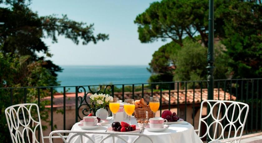 boutique hotels in girona  261