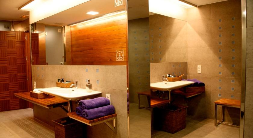 boutique hotels in girona  287