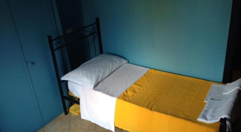 Single Room Bed & Breakfast A Casa di Anna