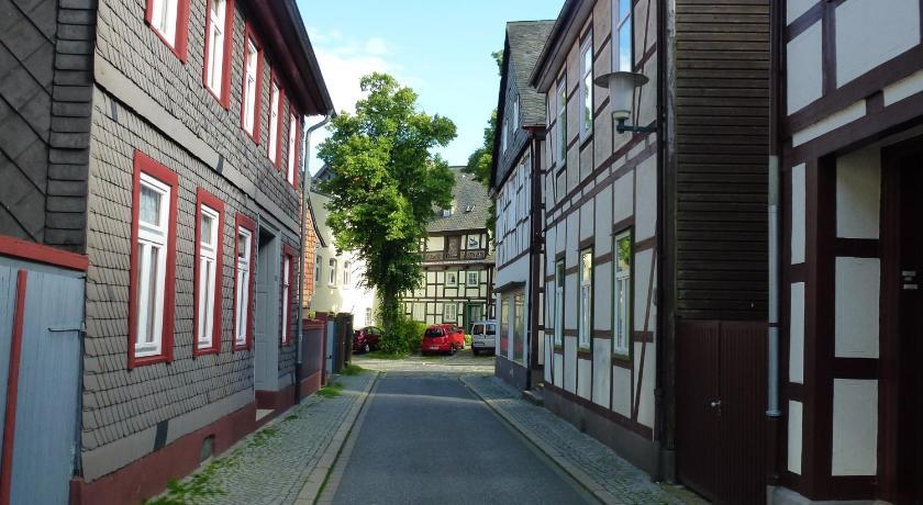 ferienwohnung in der altstadt von goslar peterstrasse 1a goslar. Black Bedroom Furniture Sets. Home Design Ideas
