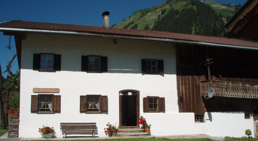 Das Bauernhaus Ramona in Holzgau buchen