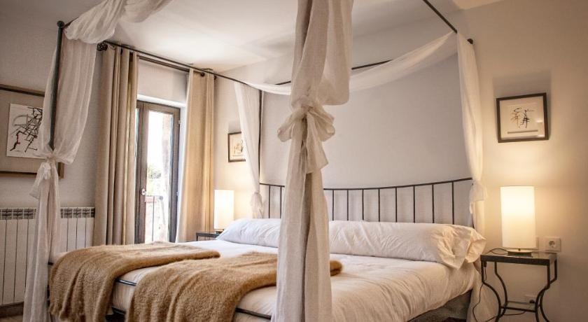 hoteles con encanto en valgañón  5