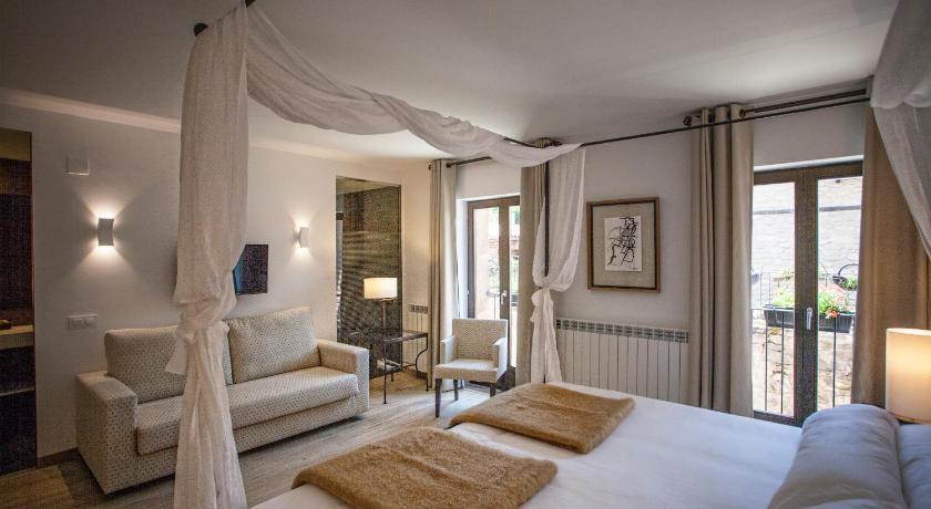 hoteles con encanto en valgañón  24