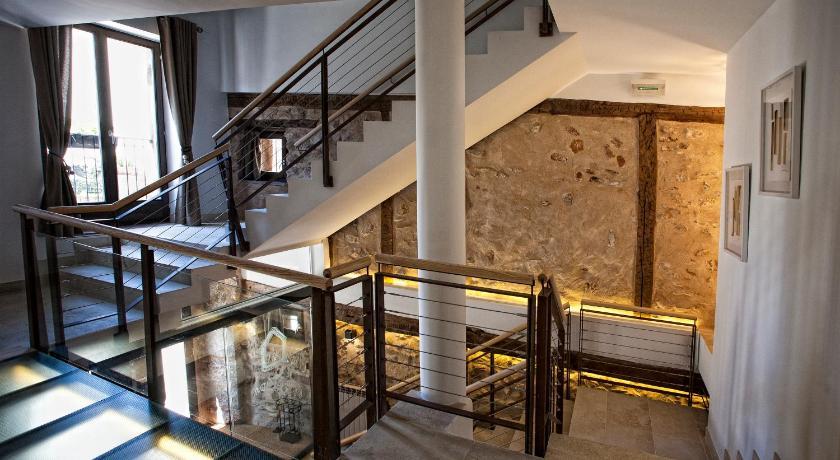 hoteles con encanto en valgañón  17