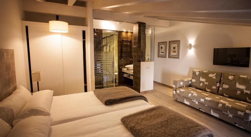hoteles con encanto en valgañón  29
