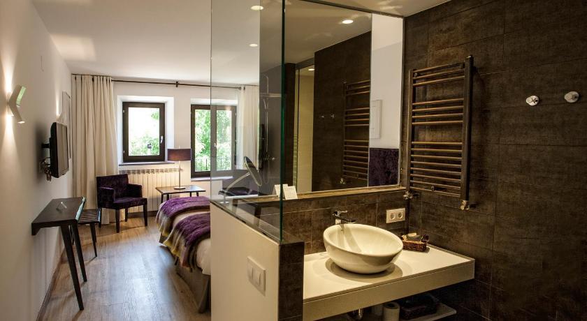 hoteles con encanto en valgañón  31