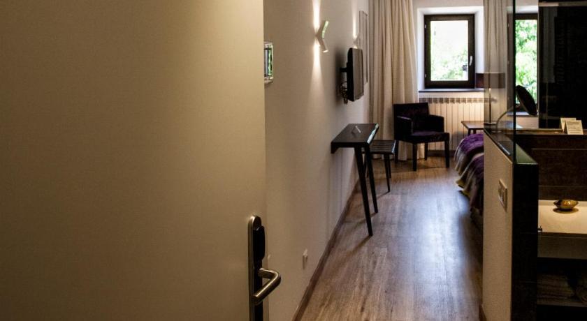 hoteles con encanto en valgañón  47