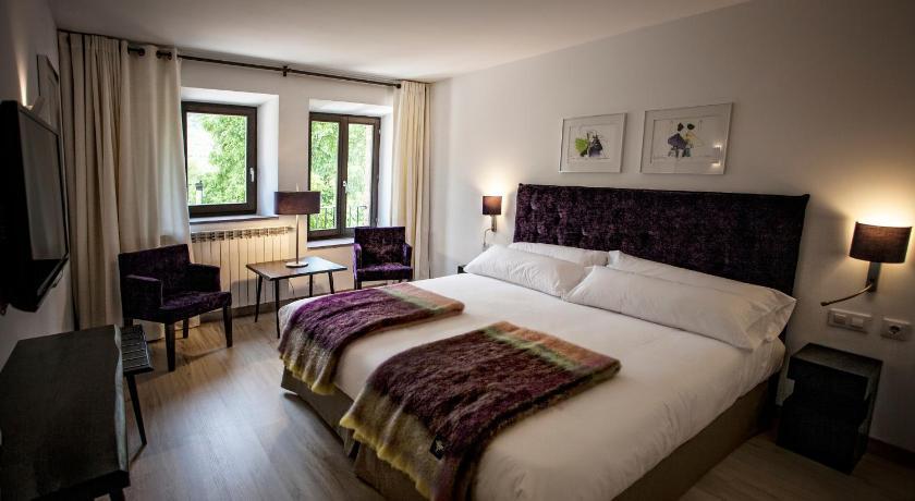 hoteles con encanto en valgañón  53