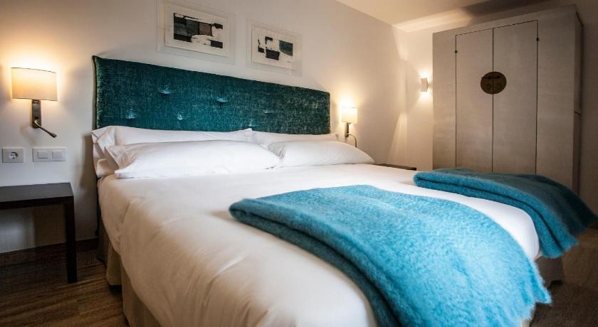 hoteles con encanto en la rioja  133