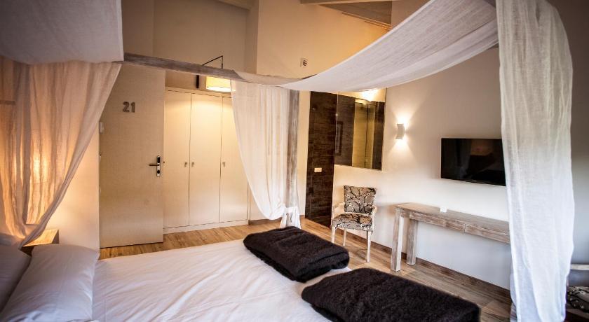 hoteles con encanto en valgañón  48