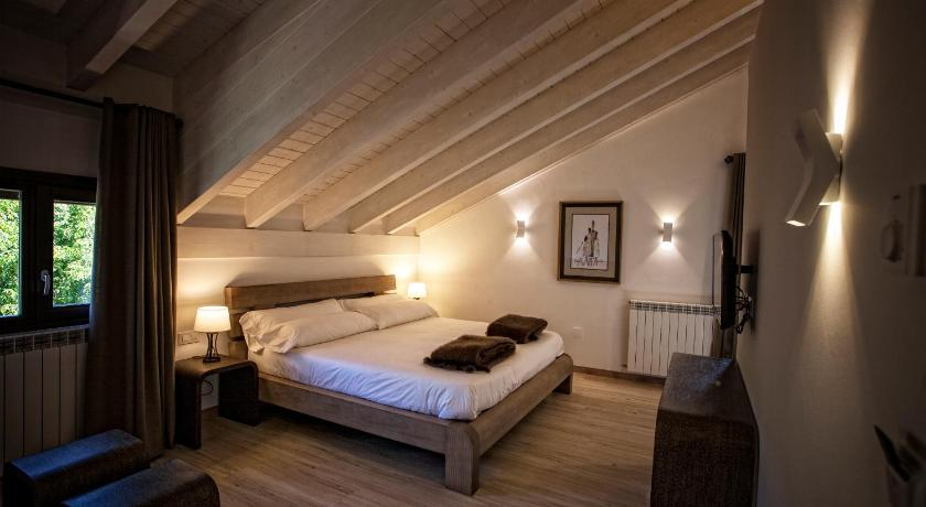 hoteles con encanto en valgañón  14